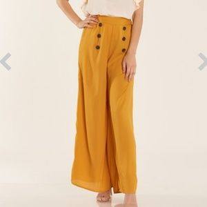 Pants - Mustard yellow high waisted gaucho pants large